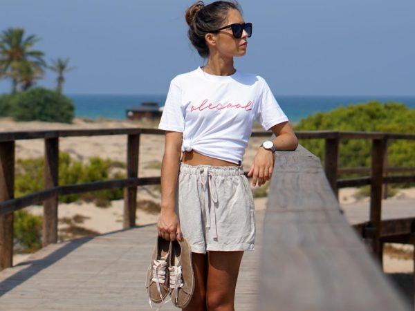 camiseta-mujer-olecool-modelo-red-basic