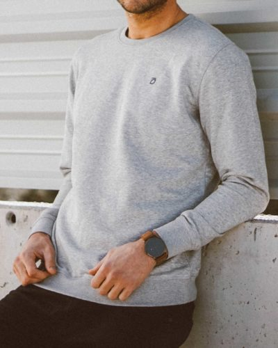 sudadera-moraig-gris-perfil